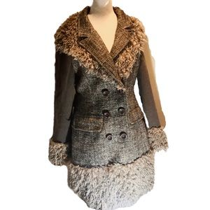 """FARINELLI "" Fibre Art and Brown Tweed Coat ."